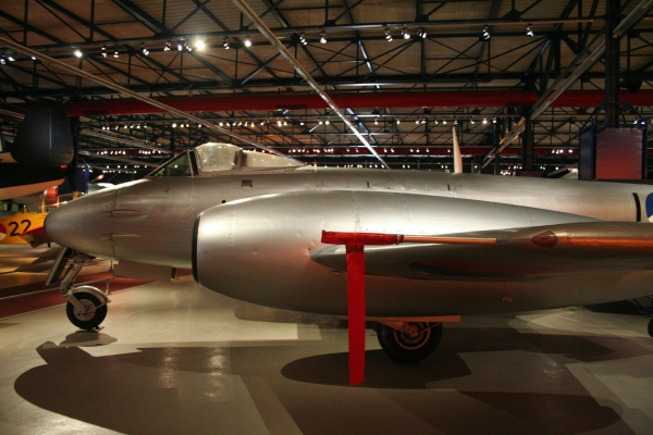 Gloster 'Meteor' F.Mk.4 I-69 in Nationaal Militair Museum (foto:Arthur Eerelman-Hanselman).