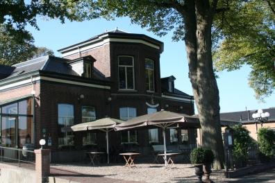 Huis Frissestein, thans Gasterij De Os en het Paard, anno 2012. Foto: Arthur Eerelman-Hanselman.
